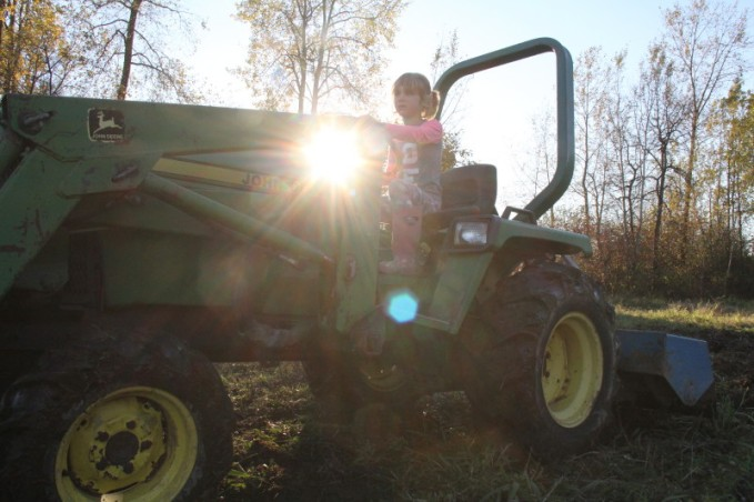 farmegirltractor16